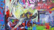 """Les fleurs"" sur le John Lennon Wall"