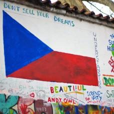 Drapeau Tchèque sur le John Lennon Wall